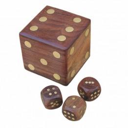 Коробка а кубиками в форме кости