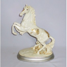 Лошадь 13″